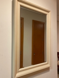 Used Mirror 60x90 cm in Dubai, UAE