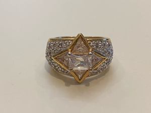 Used Princess Diana Ring gold plated size 7 in Dubai, UAE
