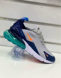 Used Nike Airmax 270 grey/blue size 42, in Dubai, UAE