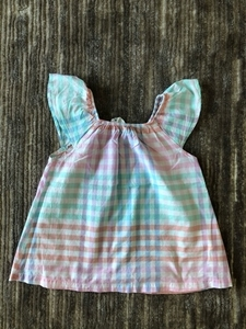 Used H&M top for a girl 8/9 years old  in Dubai, UAE
