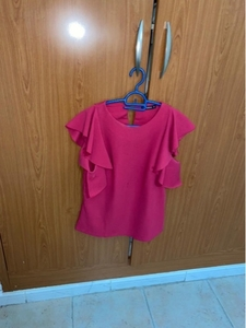 Used Shein_pink top in Dubai, UAE