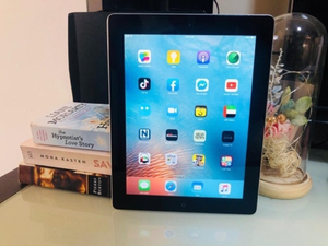 Used Apple - iPad 2 - 16GB- WiFi only - 9.6in in Dubai, UAE