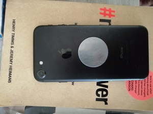 Used iPhone 7 CLEAN in Dubai, UAE