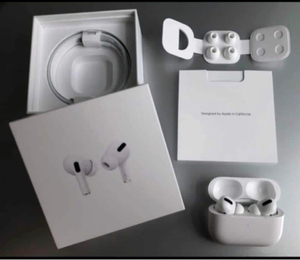 Used AirPods Pro Apple Master Best quality) in Dubai, UAE