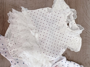 Used Girls clothes 0-3 months (2 pieces)  in Dubai, UAE
