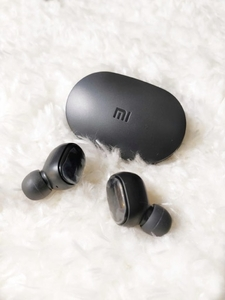 Used REDMI AIRPODS HIGH QUALITY  in Dubai, UAE