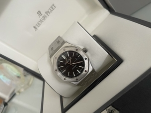 Used Audemars Piguet Royal Oak 41mm 15400S  in Dubai, UAE