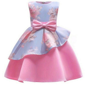 Used Girls Pink party dress size 4-5 year in Dubai, UAE