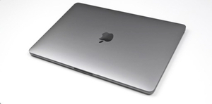 Used Mac Book Pro 2016 in Dubai, UAE