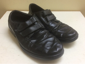 Used Black leather men shoes in Dubai, UAE