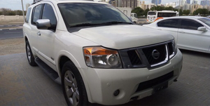 Used Nissan amada v8 in Dubai, UAE