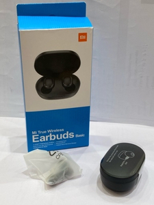 Used Mi Earbuds  in Dubai, UAE