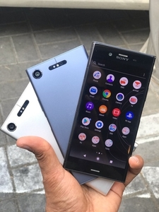 Used Sony Xz1 (Water Proof) in Dubai, UAE