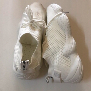 Used Sports shoes 👟 size 40(new) in Dubai, UAE