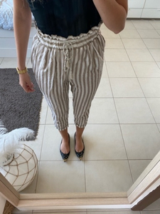 Used Zara White and beige trousers - elegant  in Dubai, UAE
