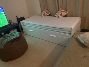 Used IKEA hemnes extendable double bed in Dubai, UAE