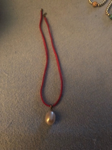 Used Pearl pendant. Genuine  in Dubai, UAE