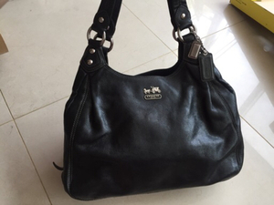 Used original COACH bag, used like new in Dubai, UAE
