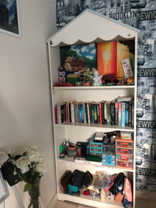 Used Shelf / Bookshelf / Bookcase  in Dubai, UAE
