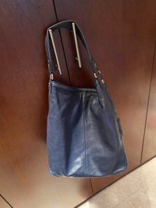 Used Leather handbag. Marc Jacob. Authentic  in Dubai, UAE