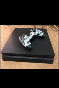 Used Ps4 slim 1tb  in Dubai, UAE