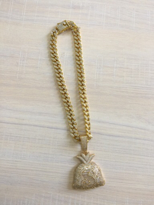 Used Hip Hop Purse Necklace, Gold plated in Dubai, UAE