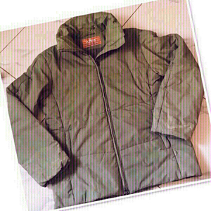 Used Jacket size XL ♥️ in Dubai, UAE
