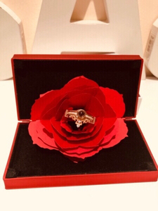Used Jewelry ring box & rose gold love ring  in Dubai, UAE