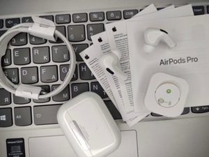 Used 👍👍Airpods Pro by Jennmart 👍👍 in Dubai, UAE