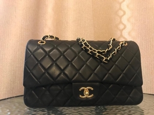 Used Real leather chanel bag  in Dubai, UAE
