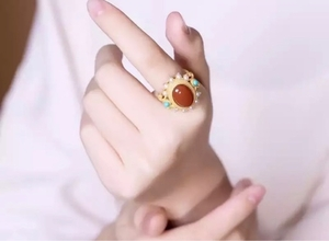 Used 925 silver ring red agate gold plated  in Dubai, UAE