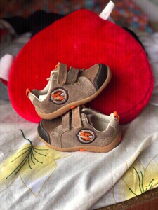 Used Neww Clarks first soft plane shoe ❤️👇 in Dubai, UAE