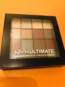 Used NYX shadow palette original  in Dubai, UAE