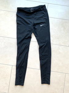 Used NIKE DRY FIT Leggings Size S in Dubai, UAE