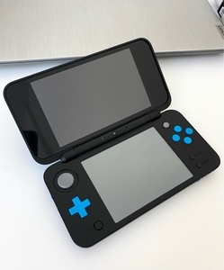 Used Nintendo 2ds xl in Dubai, UAE