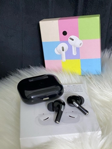 Used Black AirPod pro 📍 in Dubai, UAE