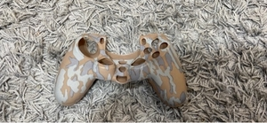 Used Dual Shock Ps4 CONTROLLER SILICON COVER in Dubai, UAE