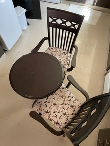 Used Dining / coffee table 2 chairs in Dubai, UAE
