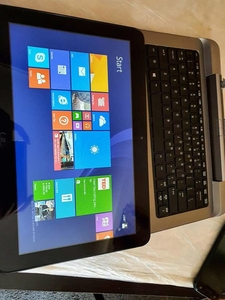Used HP tablet with detachable keyboard + GSM in Dubai, UAE