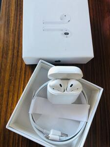Used Apple Airpods Generation 2 Master Copy in Dubai, UAE