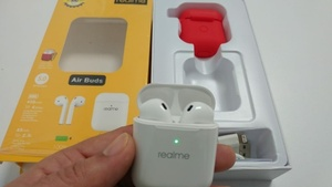 Used In-Ear Airbuds High Quality Soud wireles in Dubai, UAE