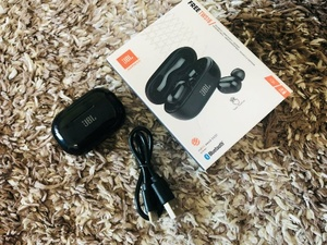 Used JBL TWS16 Bluetooth Headphone Copy in Dubai, UAE