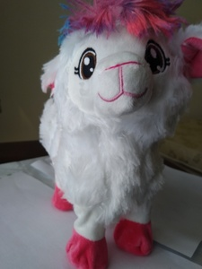Used Electric Alpaca toy White in Dubai, UAE