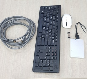 Used Mouse keyboard Toshiba HDD and HDMI in Dubai, UAE