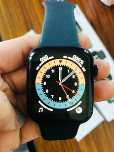 Used HW 22 Smartwatch 6 in Dubai, UAE