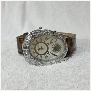 Used Brown CARTIER watch for lady * in Dubai, UAE