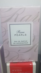 Used Avon Rare Pearls Perfume 50ml in Dubai, UAE