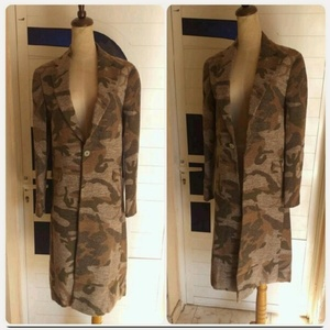 Used Brand new winter Jacket for lady * in Dubai, UAE