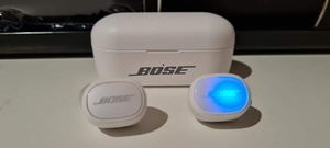 Used BUY NOW WHITE COLOR TWS 6 BOSE,✨✨✨ in Dubai, UAE