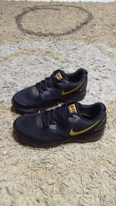 Used Nike Zoom All Out shoes size 41 new in Dubai, UAE